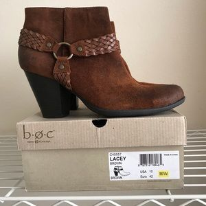 NIB Born B.O.C. Lacey Brown Suede Ankle boots - 10